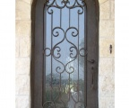 IDG1912-Tivoli_Round_Top_Iron_Door
